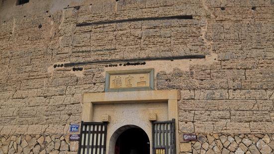 二宜楼文化内涵丰富,楼内共存有壁画593平方米、226幅,彩