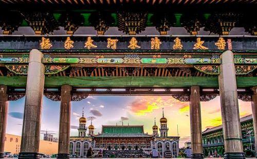 格爾木河西清真大寺