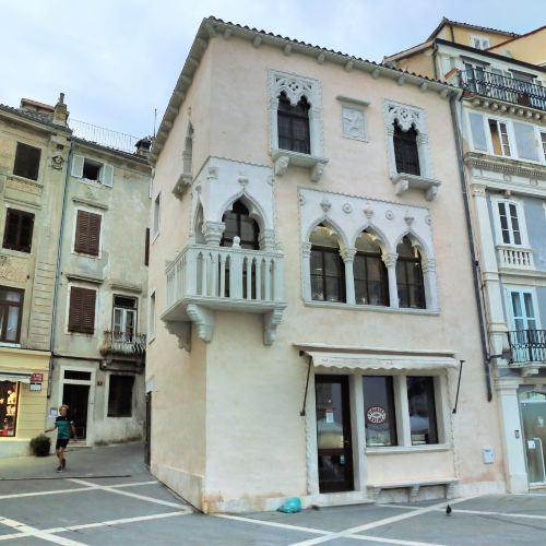 Venetian House