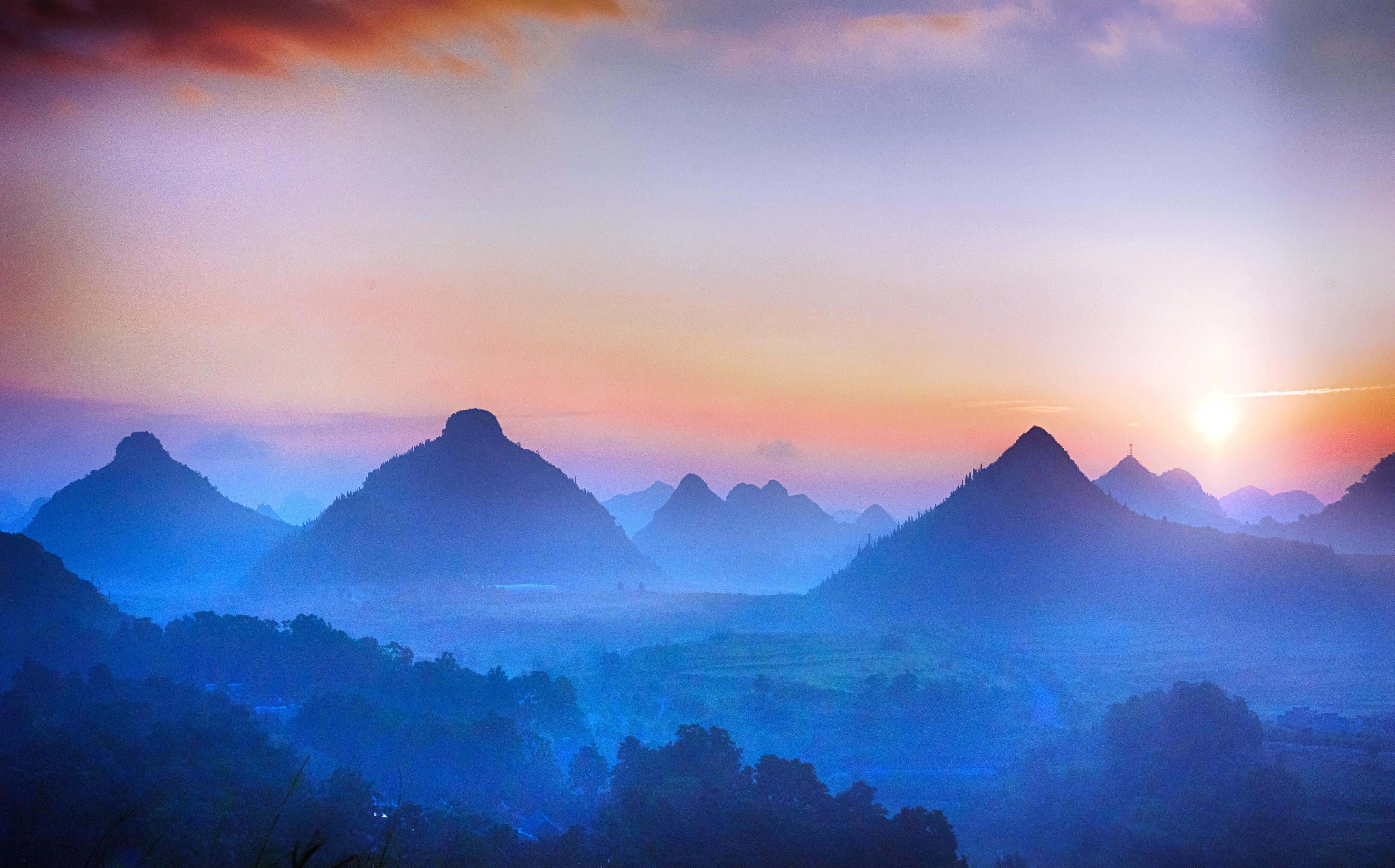 Mount Shuangru (Mt. Bosom) Scenic Area
