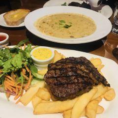 Captains Restaurant User Photo