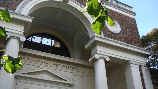 Robert McDougall美術館