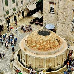 Large Onofrio Fountain User Photo