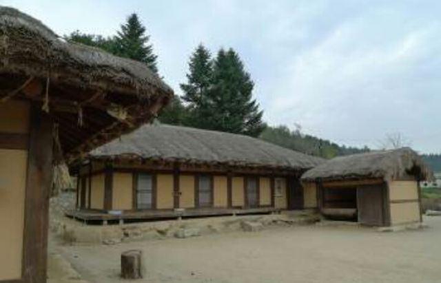이효석 문화마을