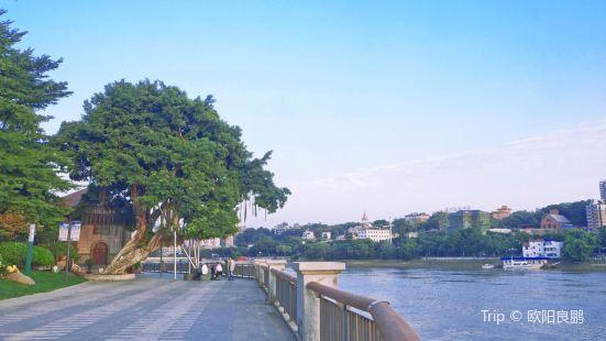 Cangxia Park (Northwest Gate)