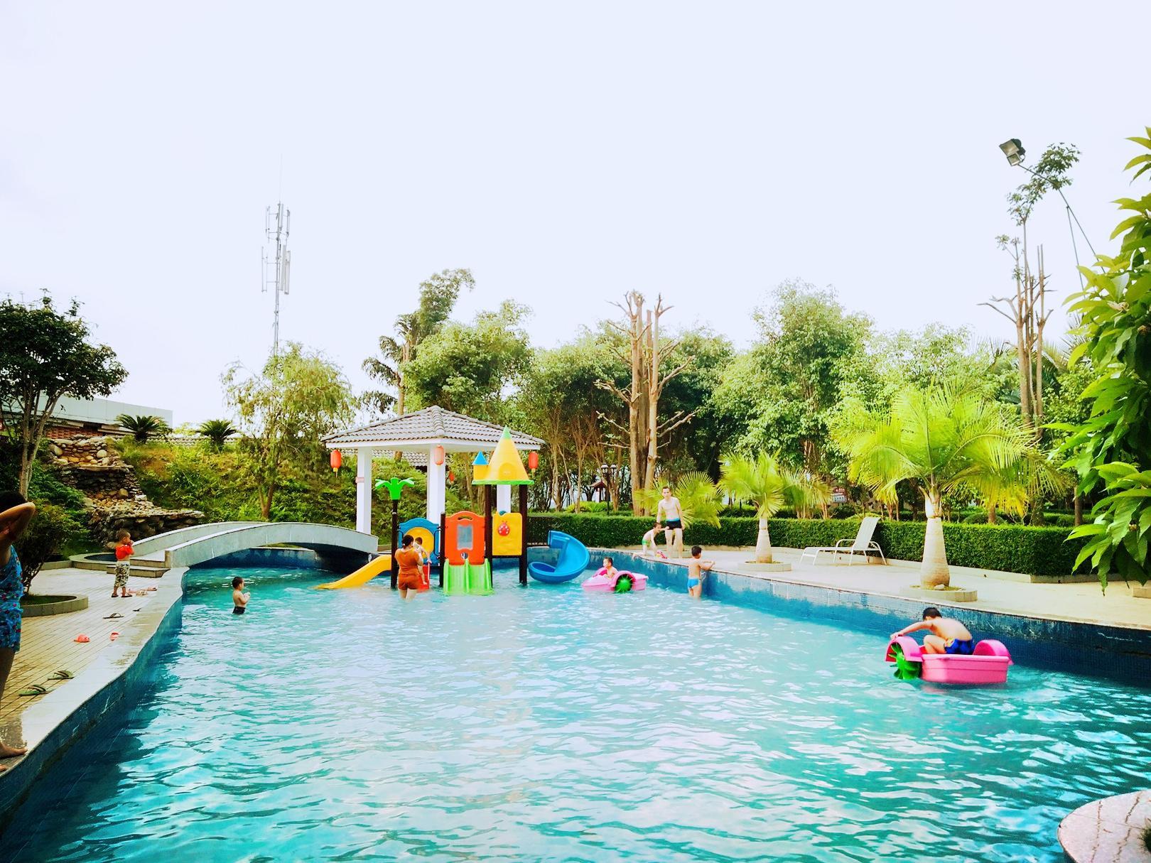Paradise Lake Hot Spring Resort