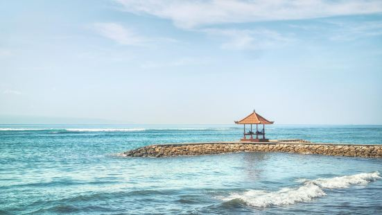 薩努爾海灘