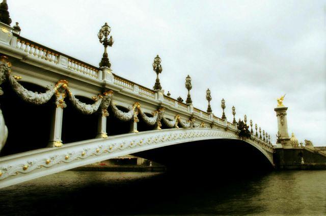 亞歷山大三世橋