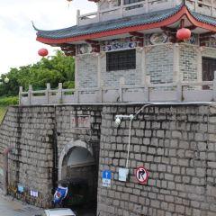 Zhumumen Chenglou User Photo