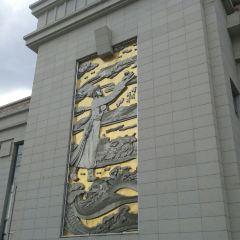 海拉爾站廣場用戶圖片