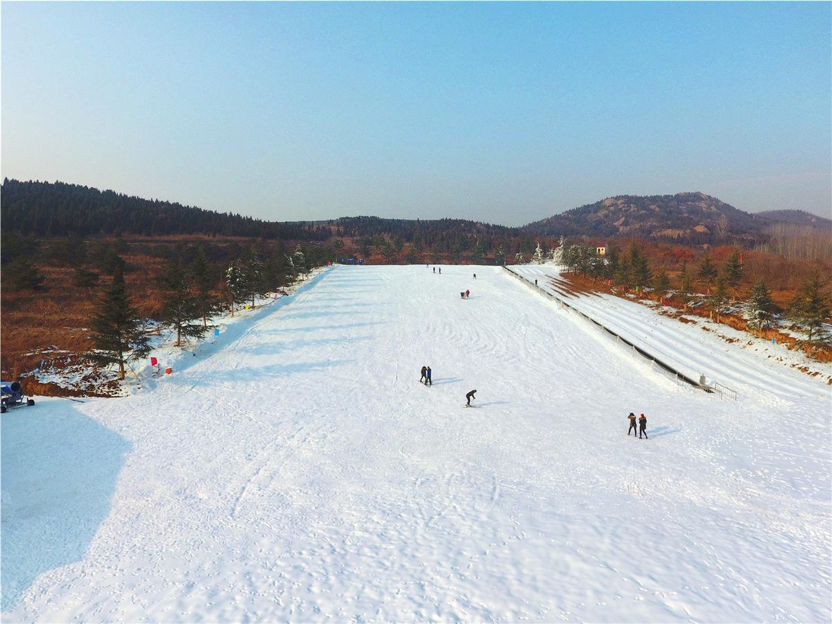 Snow Mountain Rainbow Valley Forest Ski Resort