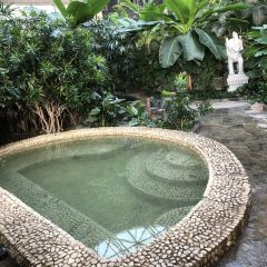 Meiquan World Hot Spring Holiday Hotel User Photo