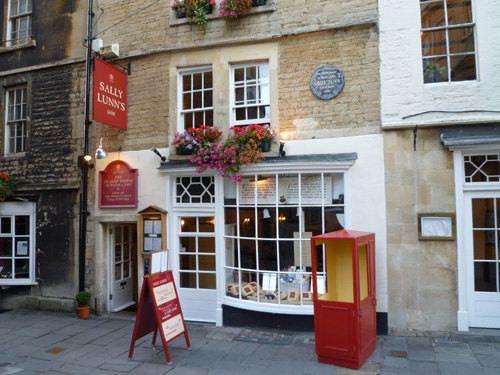 9 Places to Visit in Bath U.K.