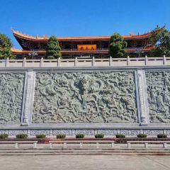 Thousand Buddha Pagoda User Photo
