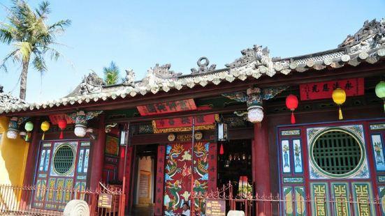 在海外好像在华人圈中关帝庙特别受到推崇,这个地方的关帝庙也被