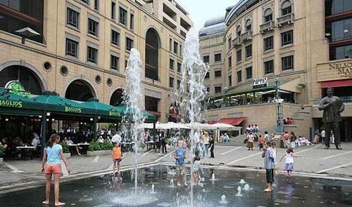 Nelson Mandela Square