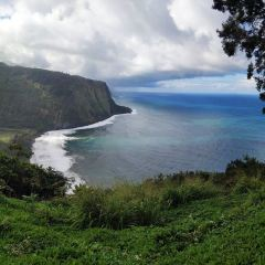 Waipio Valley Lookout User Photo