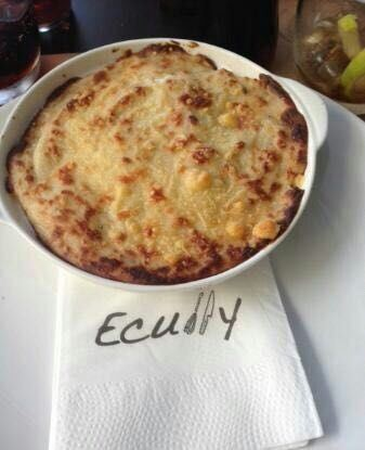 Ecully