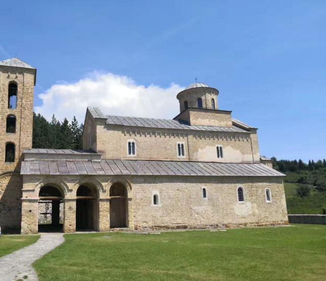 斯塔里斯和索潑查尼修道院