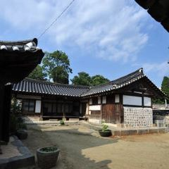 Dosanseowon Confucian School User Photo
