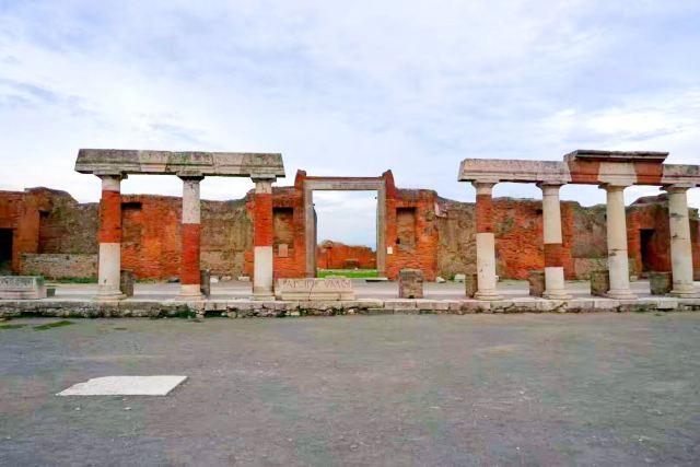阿波羅神殿中心廣場