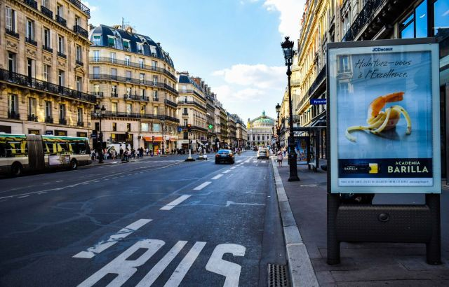 Top 4 World's Most Walkable Cities: Locals' Guide