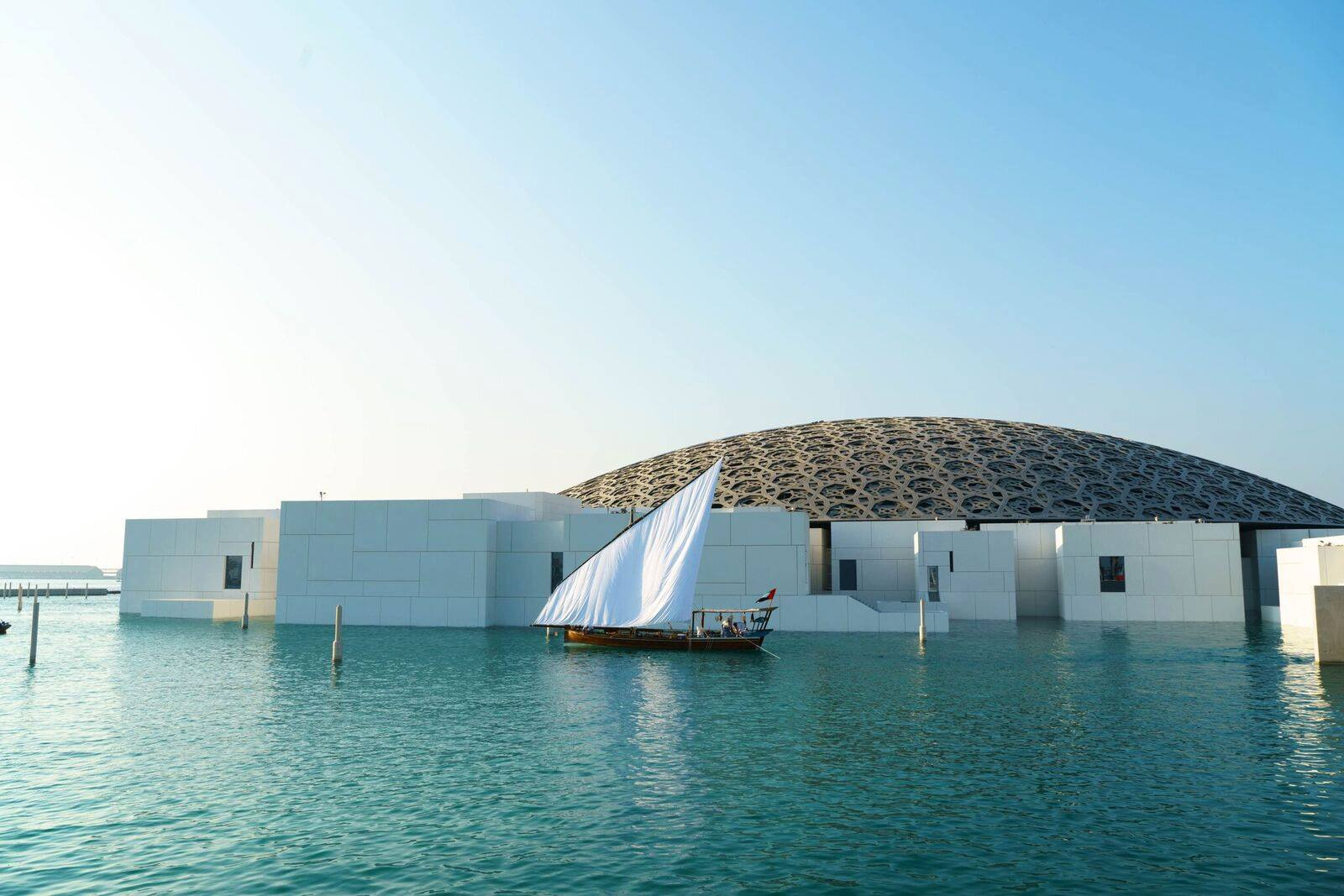 Abu Dhabi Attractions Tour with Louvre Abu Dhabi