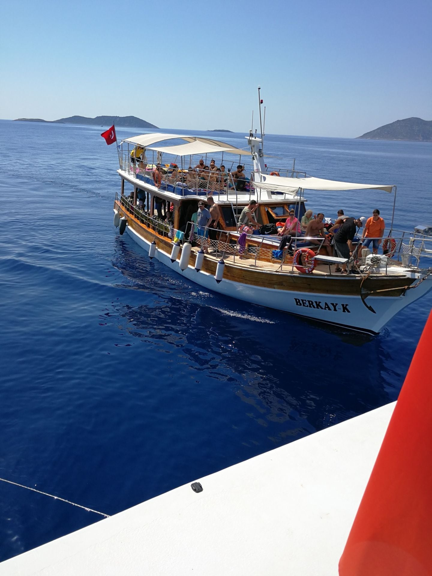 Tayli Boat Daily Private Tours