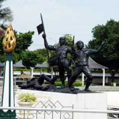 Heroes Monument 여행 사진