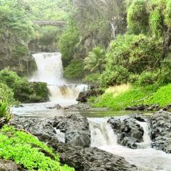 Upper Waikani Falls User Photo