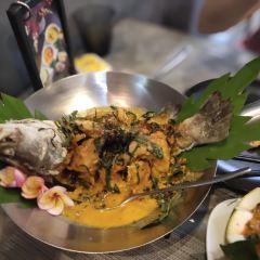 MAYs Urban Thai Dine User Photo