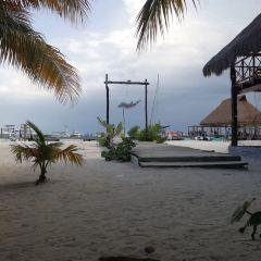 Punta Cancun Lighthouse User Photo