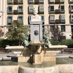 비야 광장 여행 사진