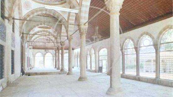 老皇太后清真寺