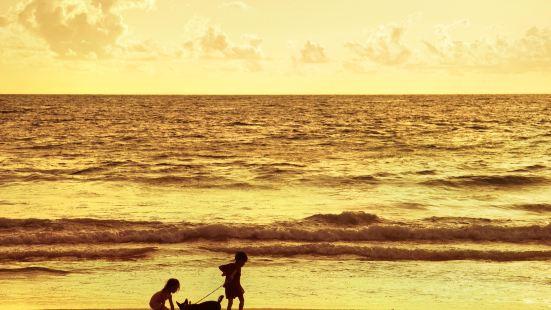 勒吉安海灘