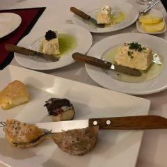 Trois Gourmands User Photo
