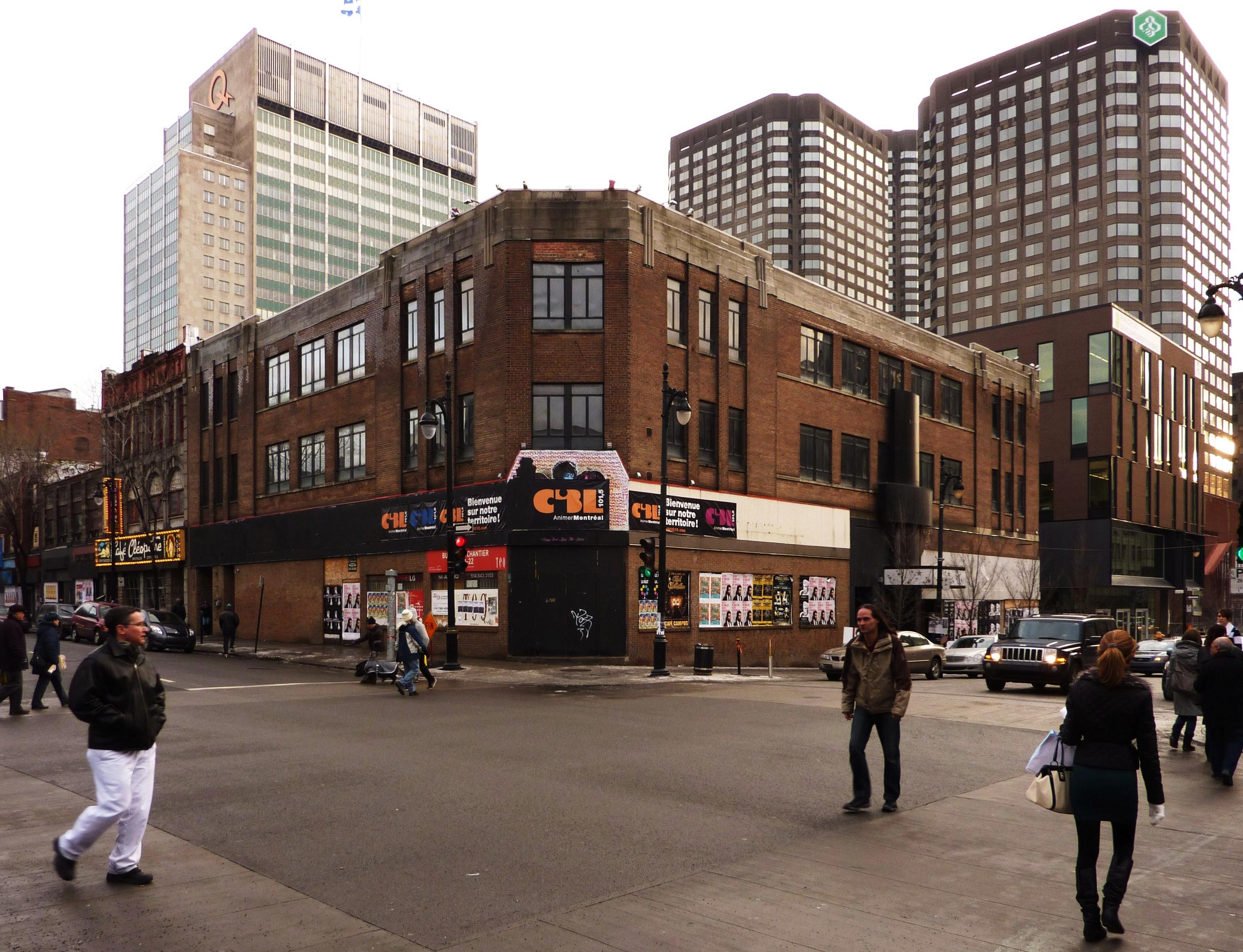 Saint Catherine Street (Rue Sainte-Catherine)