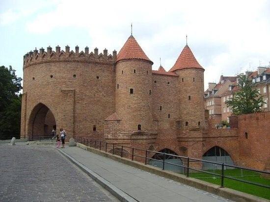 Warsaw Barbican (Barbakan Warszawski)