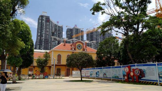 雲南鐵路博物館-窄軌機車車輛館