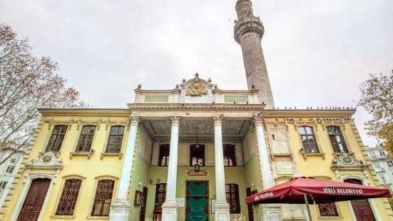 泰什維基耶清真寺