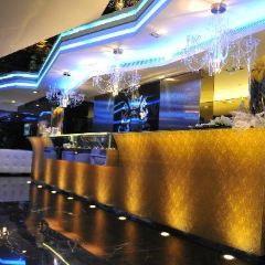 C House Lounge Cafe User Photo