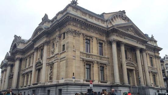 De Beurs/La Bourse