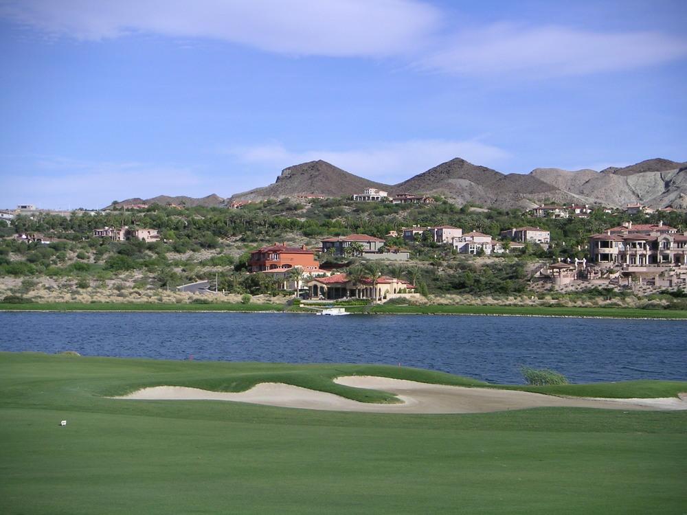 Qingdao Linghai Hot Spring Golf Club