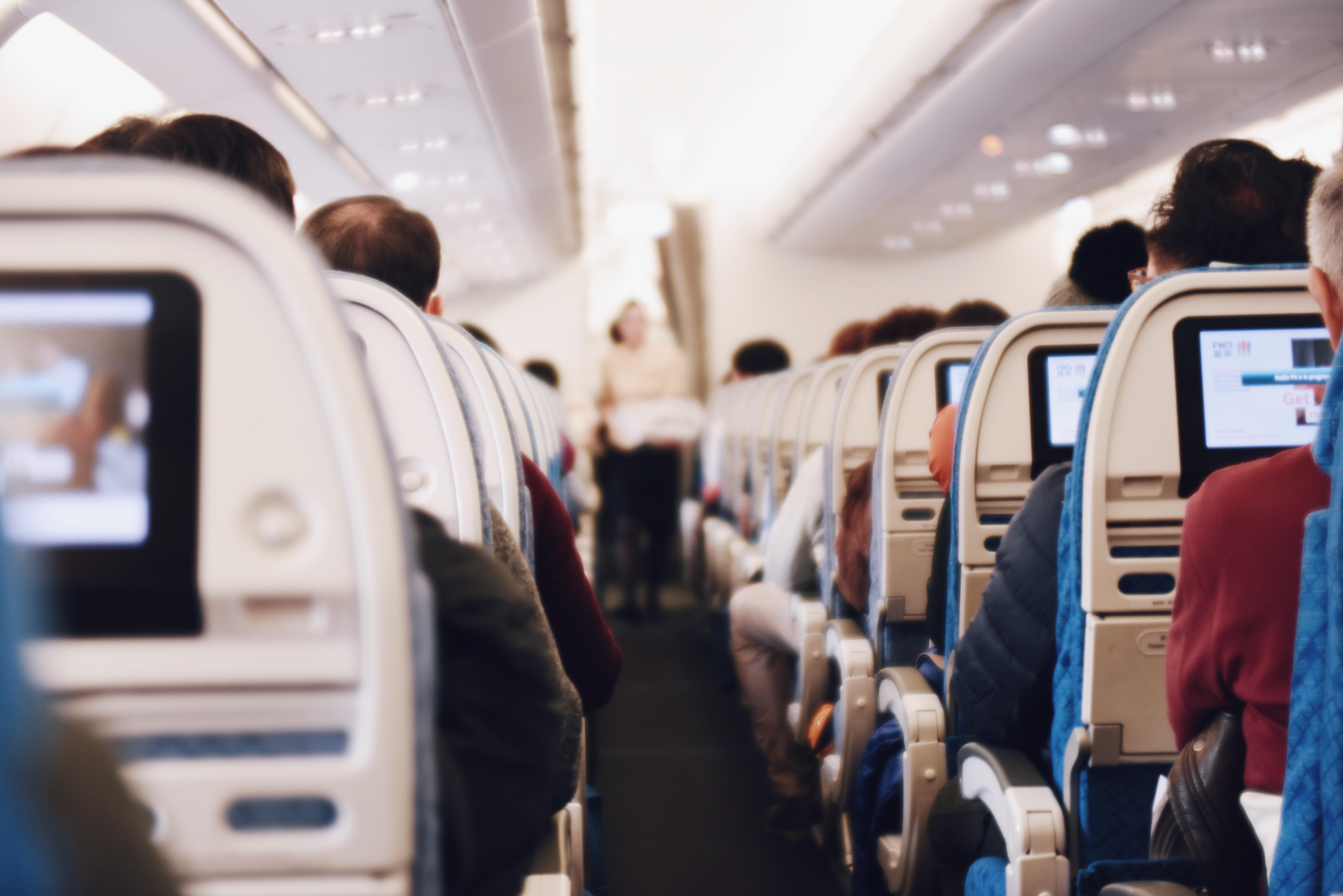 【新冠肺炎】外遊坐飛機,7個防疫措施要做足