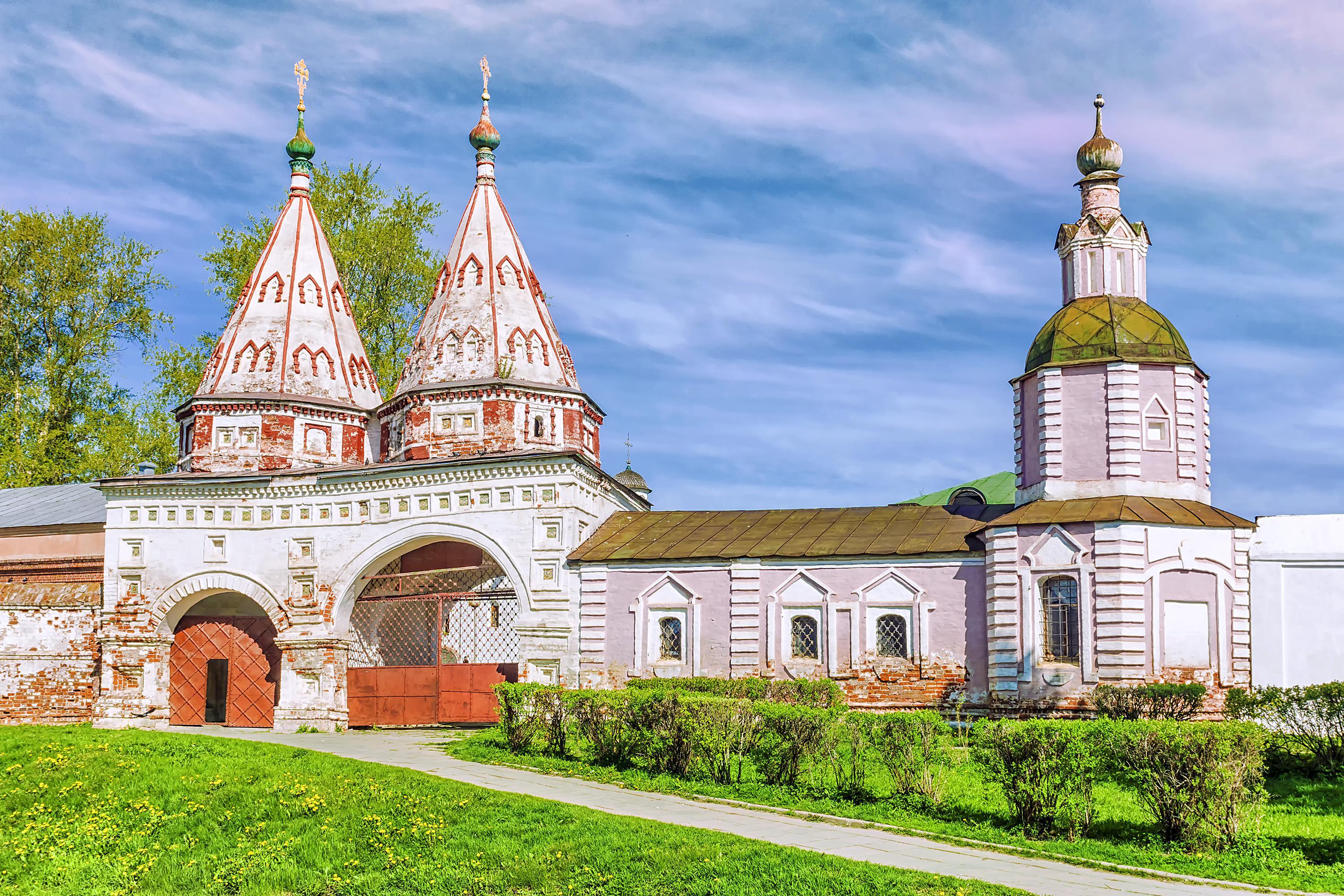 Rizopolozhenskaya convent in Suzdal