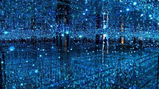 寧波星空錯覺藝術展