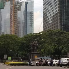 Ninoy Aquino Monument User Photo