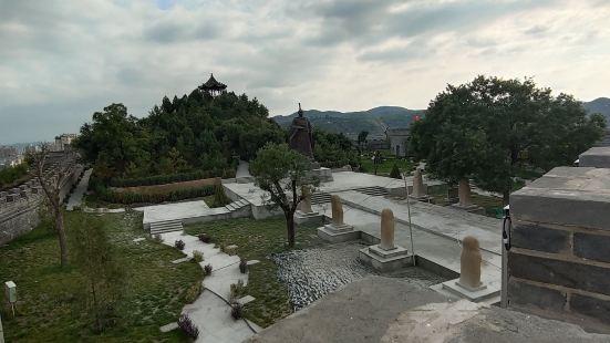 扶蘇墓-蒙恬墓