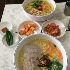 Three generations of noodle hall (this shop) User Photo