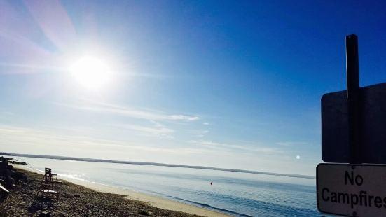 Queensland Beach Provincial Park